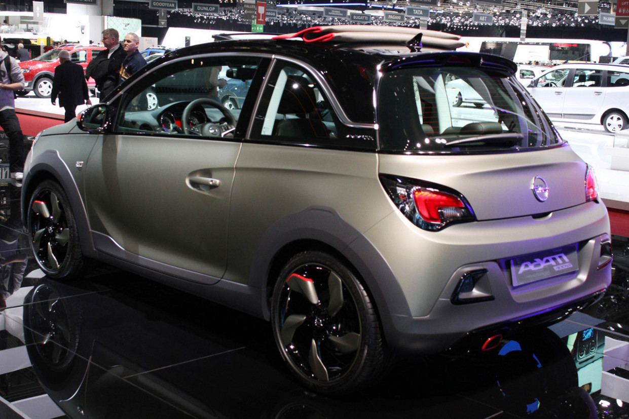 Redesign and Review 2022 Opel Adam Rocks