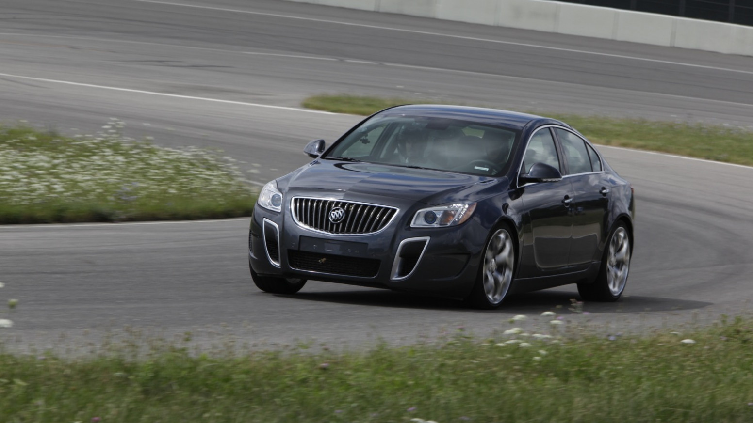 Redesign and Review 2022 Buick Regal Gs Coupe