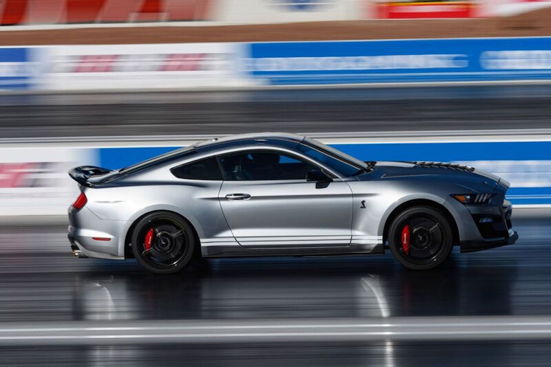 Overview 2022 Mustang Gt500