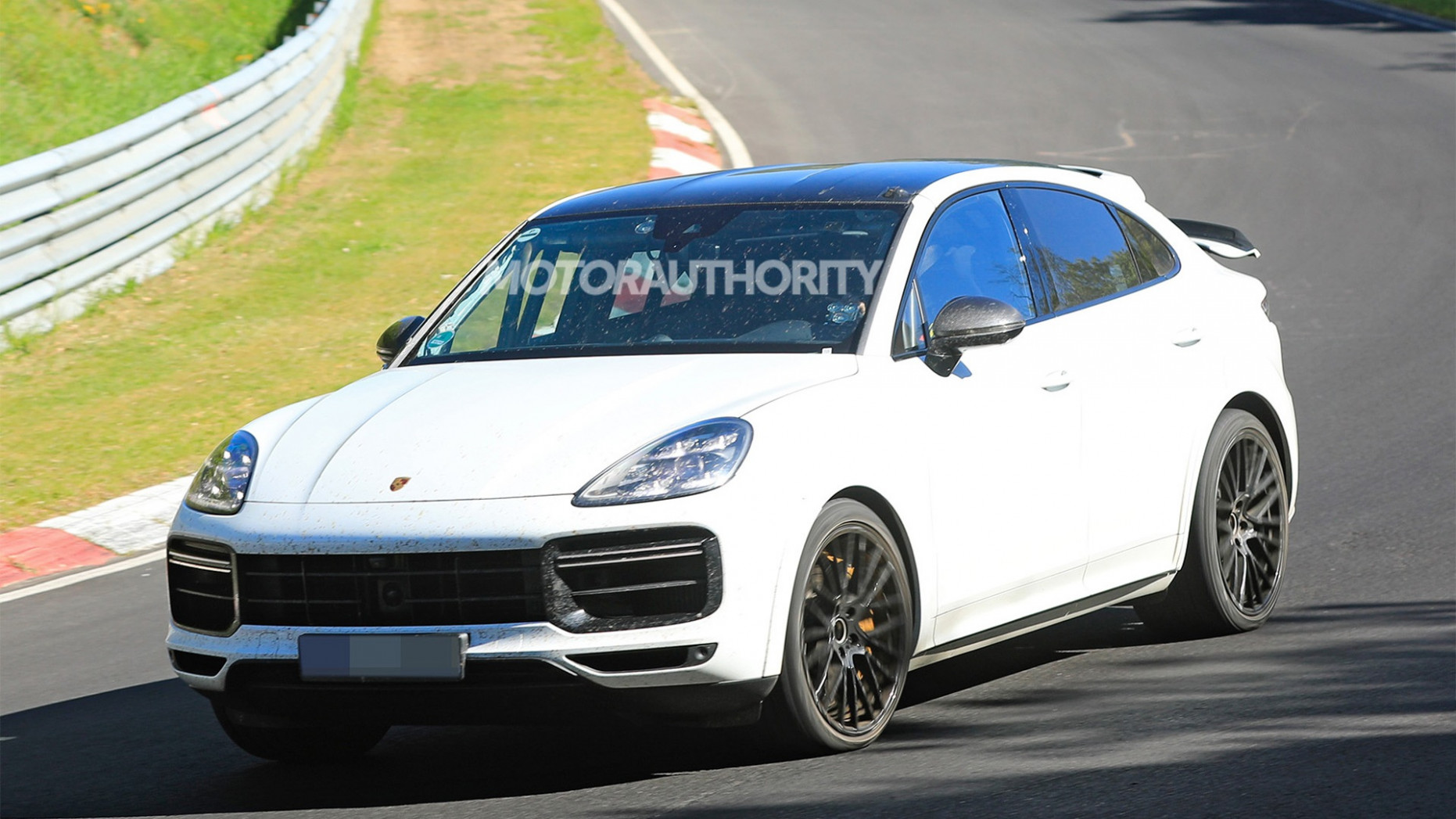 New Model and Performance 2022 Porsche Cayenne Model