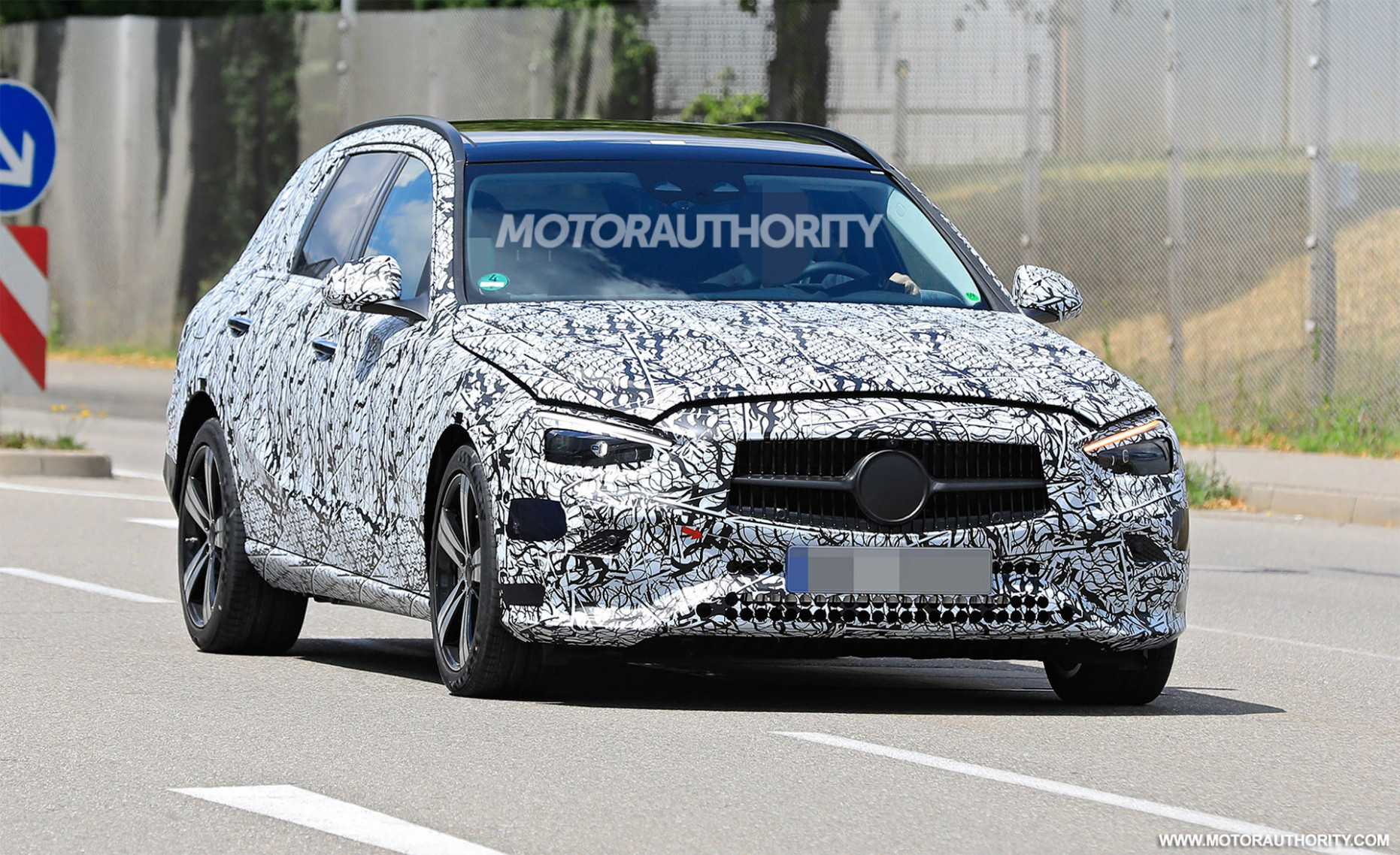 Specs and Review 2022 The Spy Shots Mercedes E Class