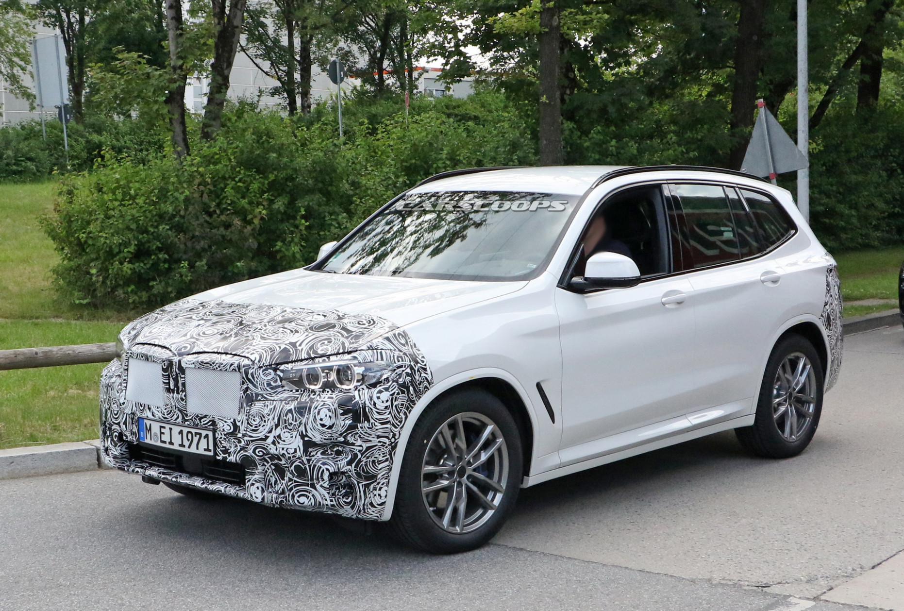Research New 2022 BMW X3 Hybrid