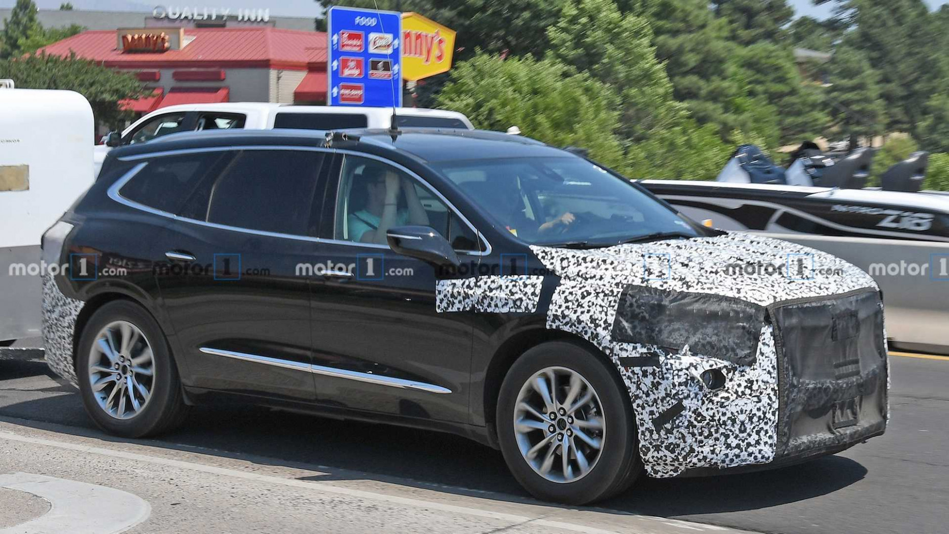 Spy Shoot 2022 Buick Enclave