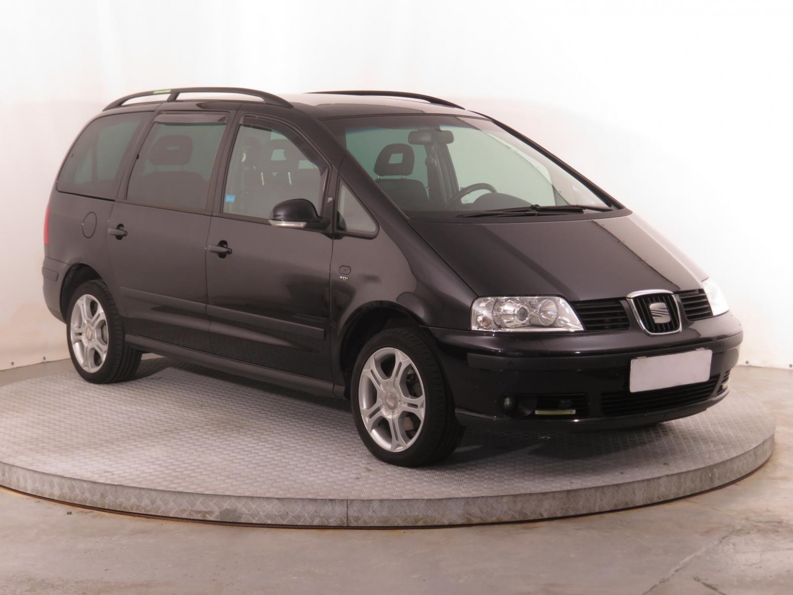 Redesign and Review 2022 Seat Alhambra