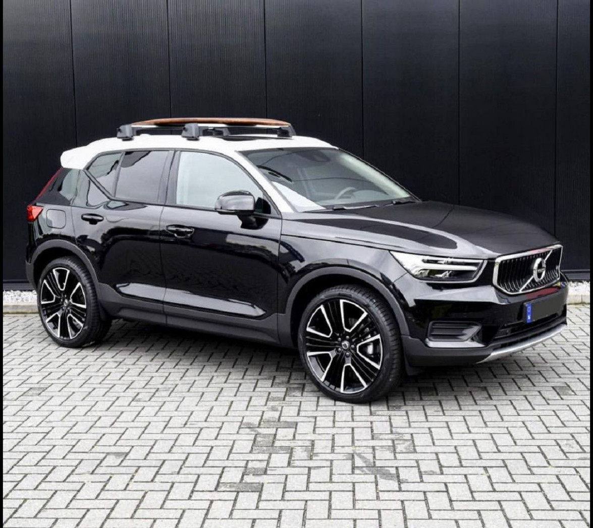 Spesification Volvo Hybrid 2022