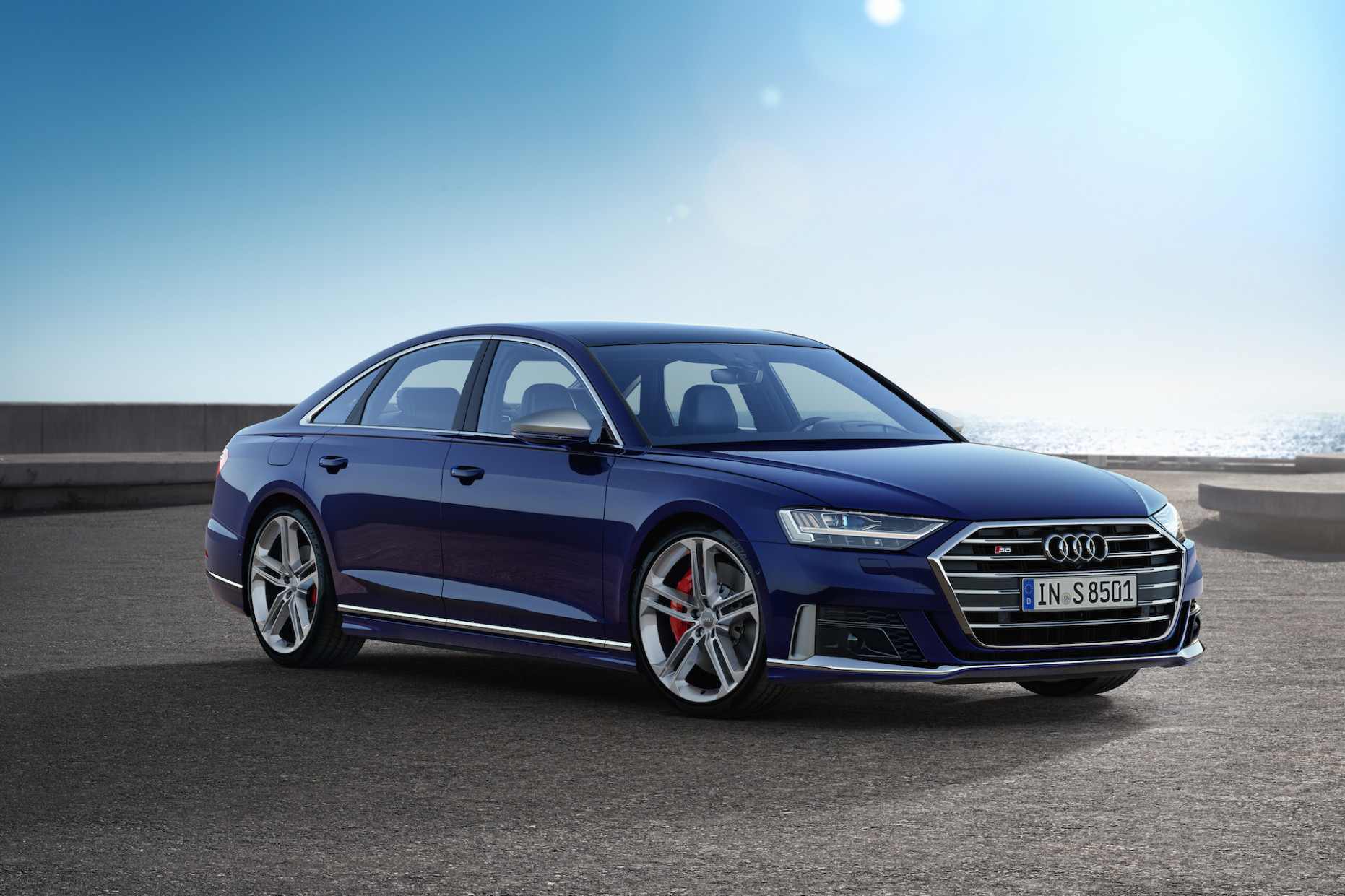 Performance and New Engine Audi S8 2022