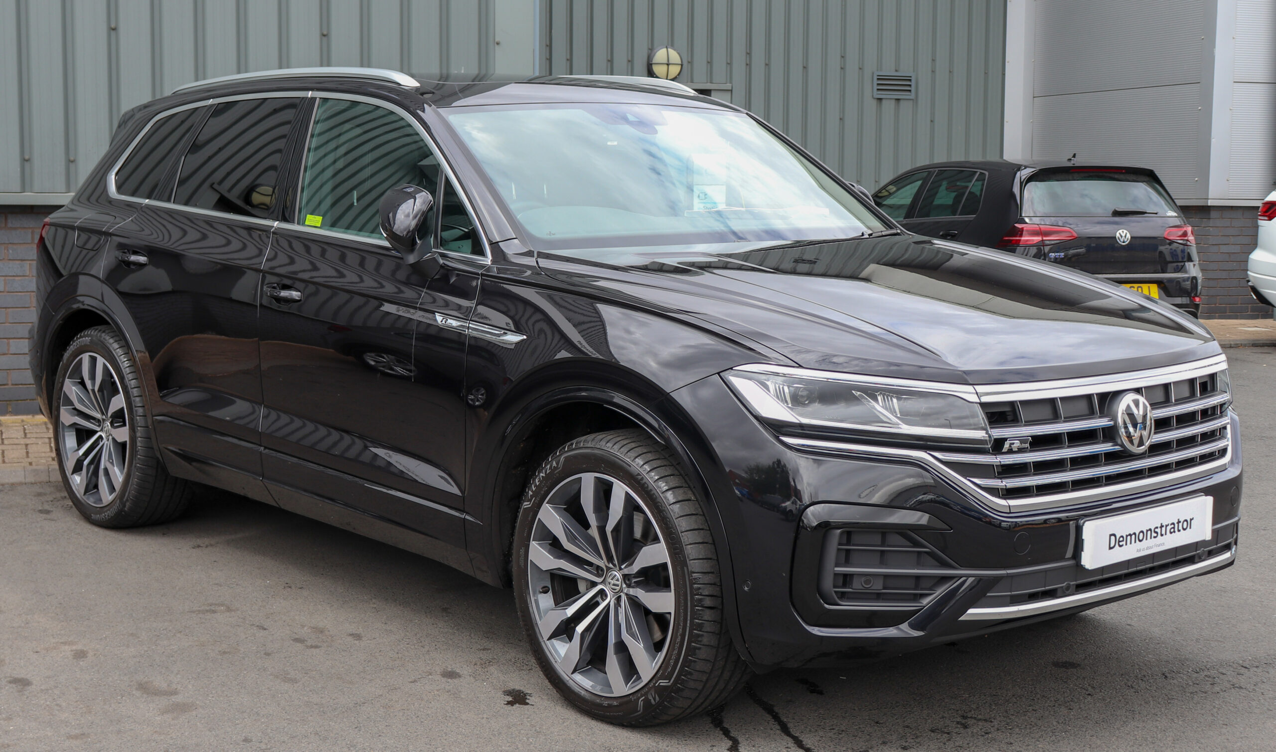 Redesign and Concept 2022 Volkswagen Touareg