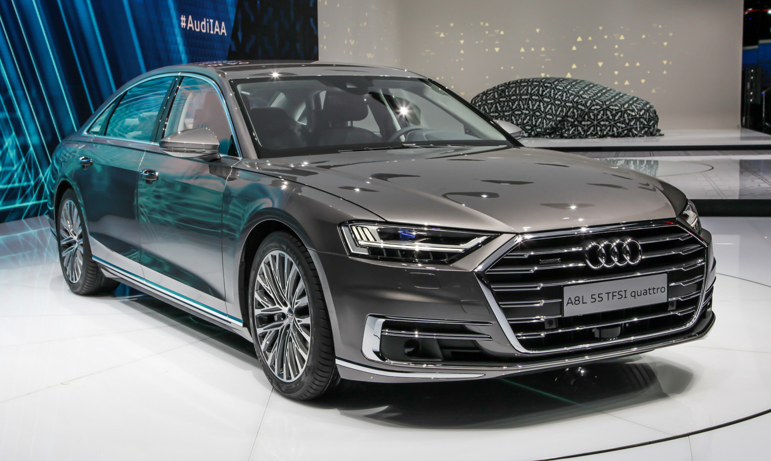 Redesign and Concept Audi A8