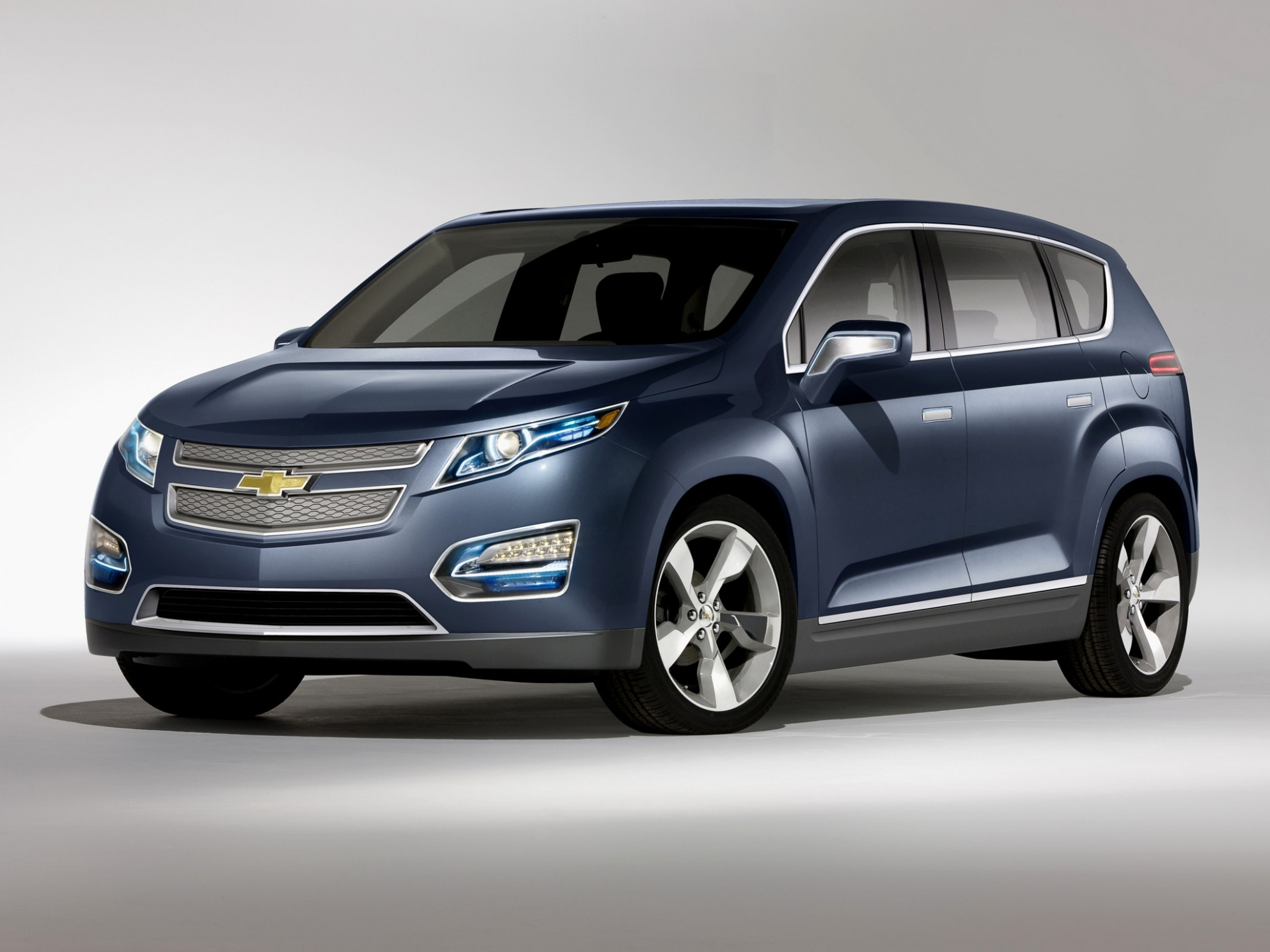 Redesign and Review 2022 Chevy Volt