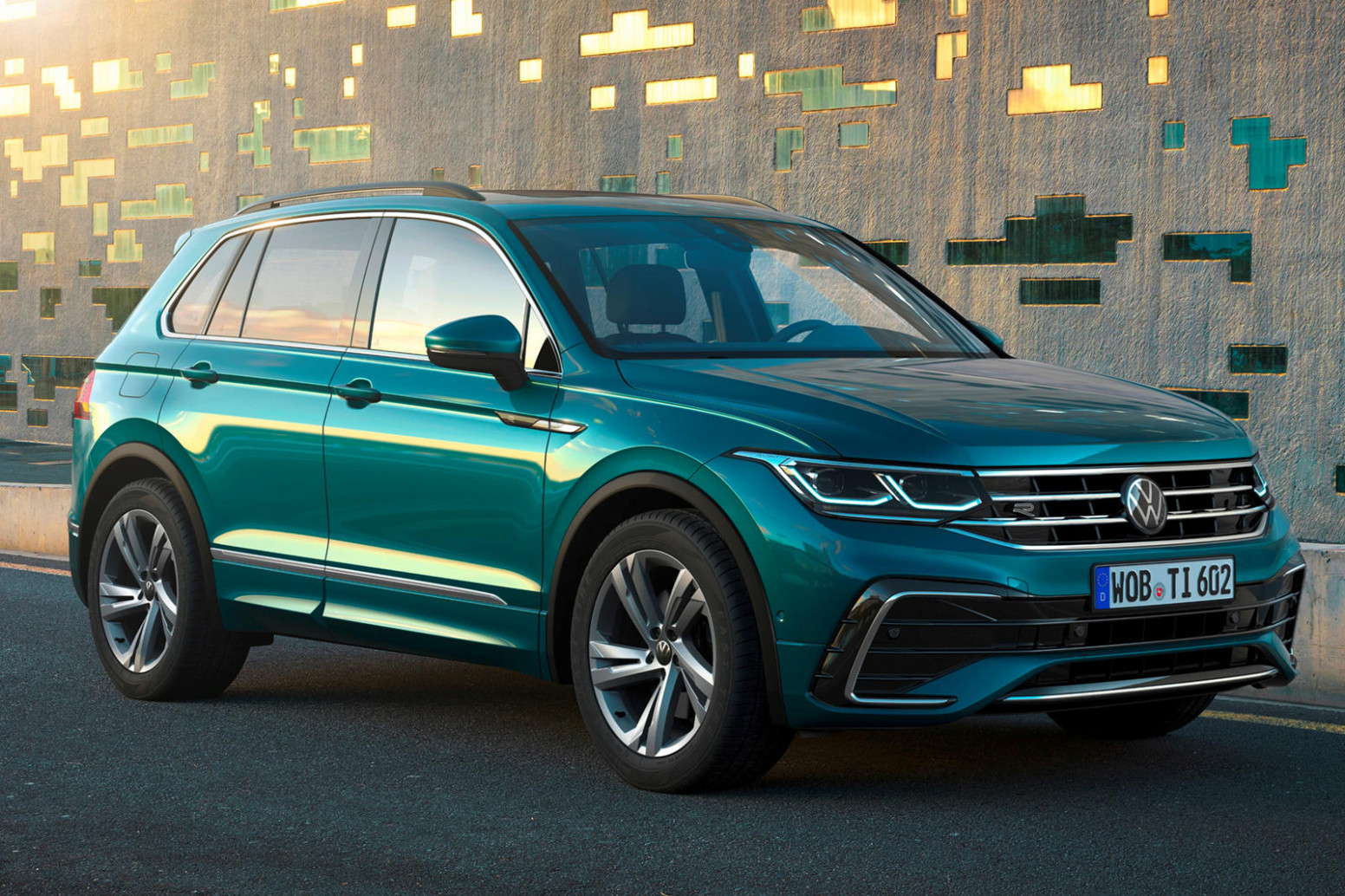 Performance and New Engine 2022 VW Touareg
