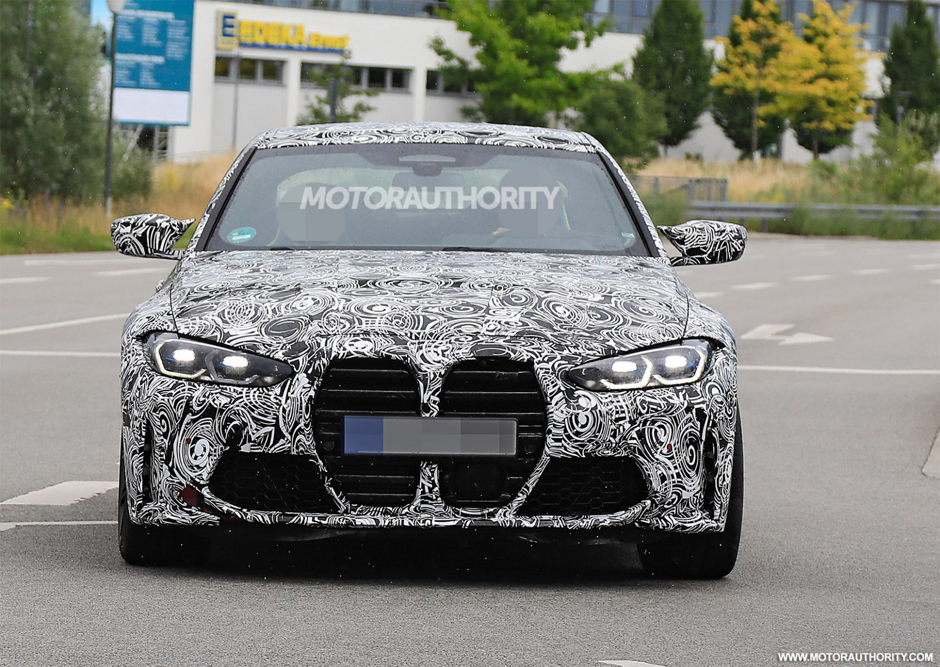 Redesign BMW M4 2022