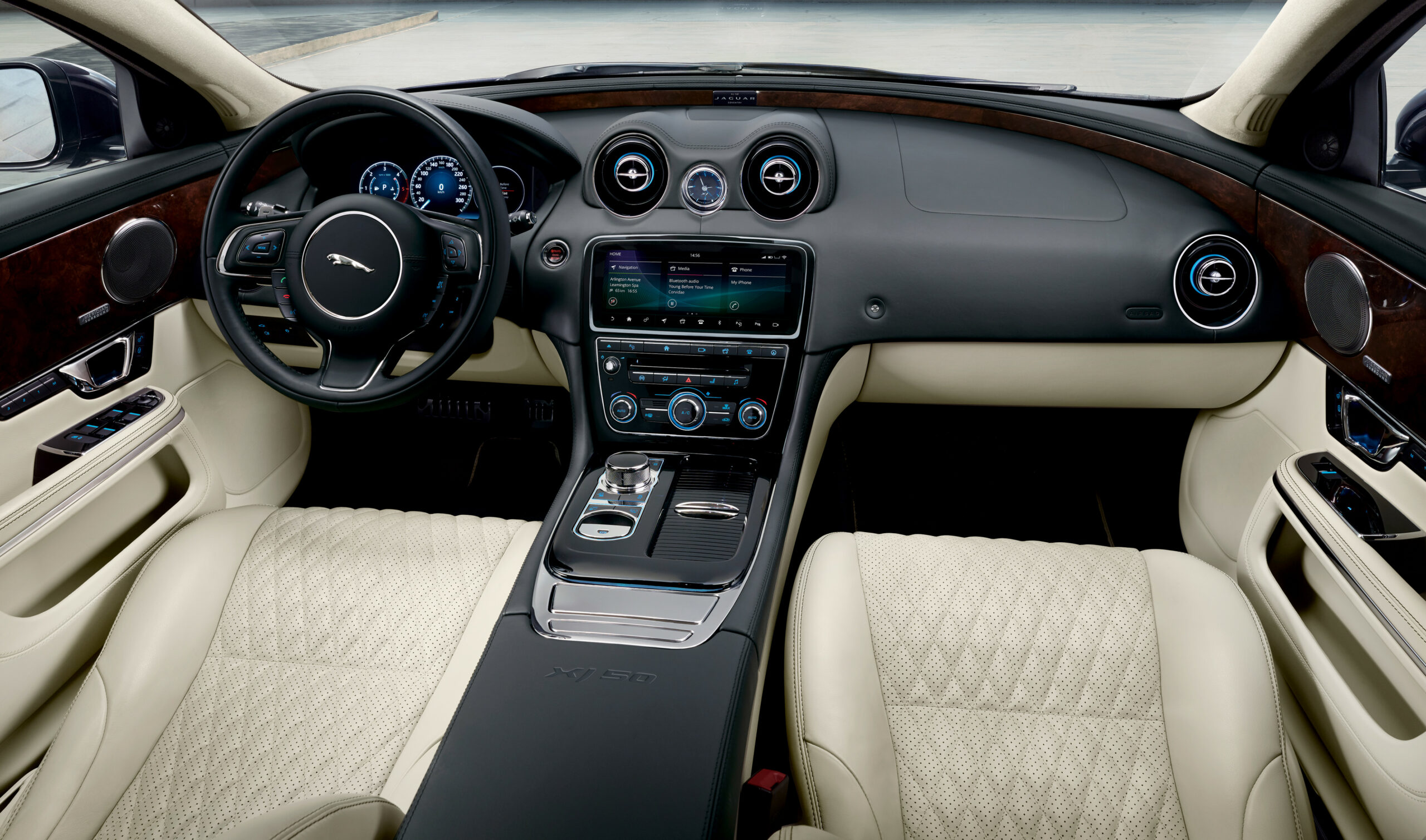 Interior New Jaguar Xe 2022 Interior