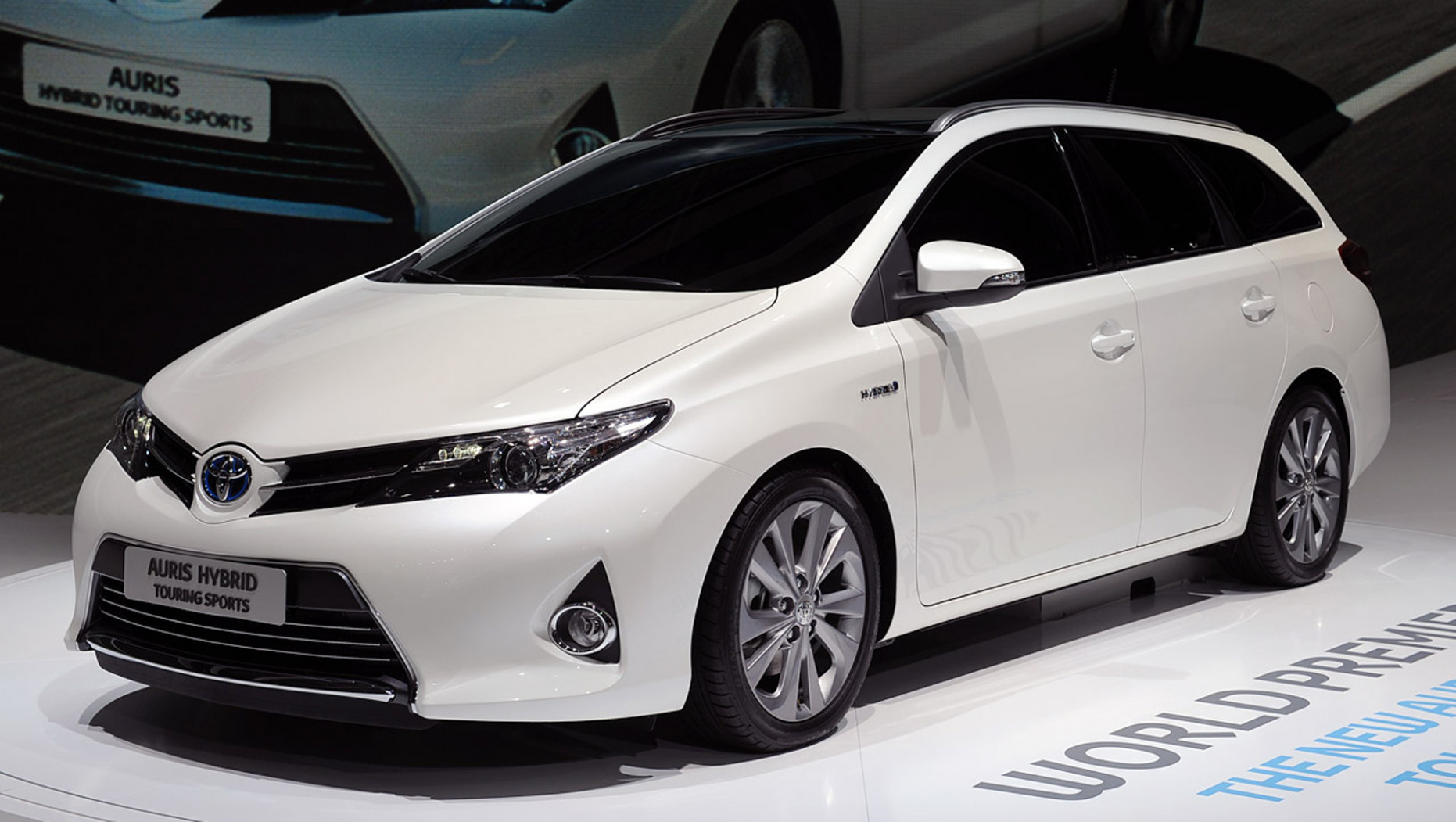 Price and Review Toyota Auris 2022
