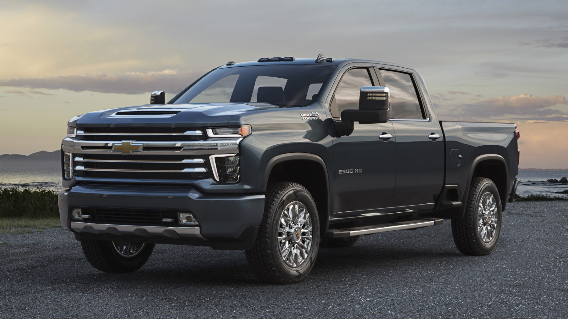Concept and Review 2022 Chevy 2500Hd