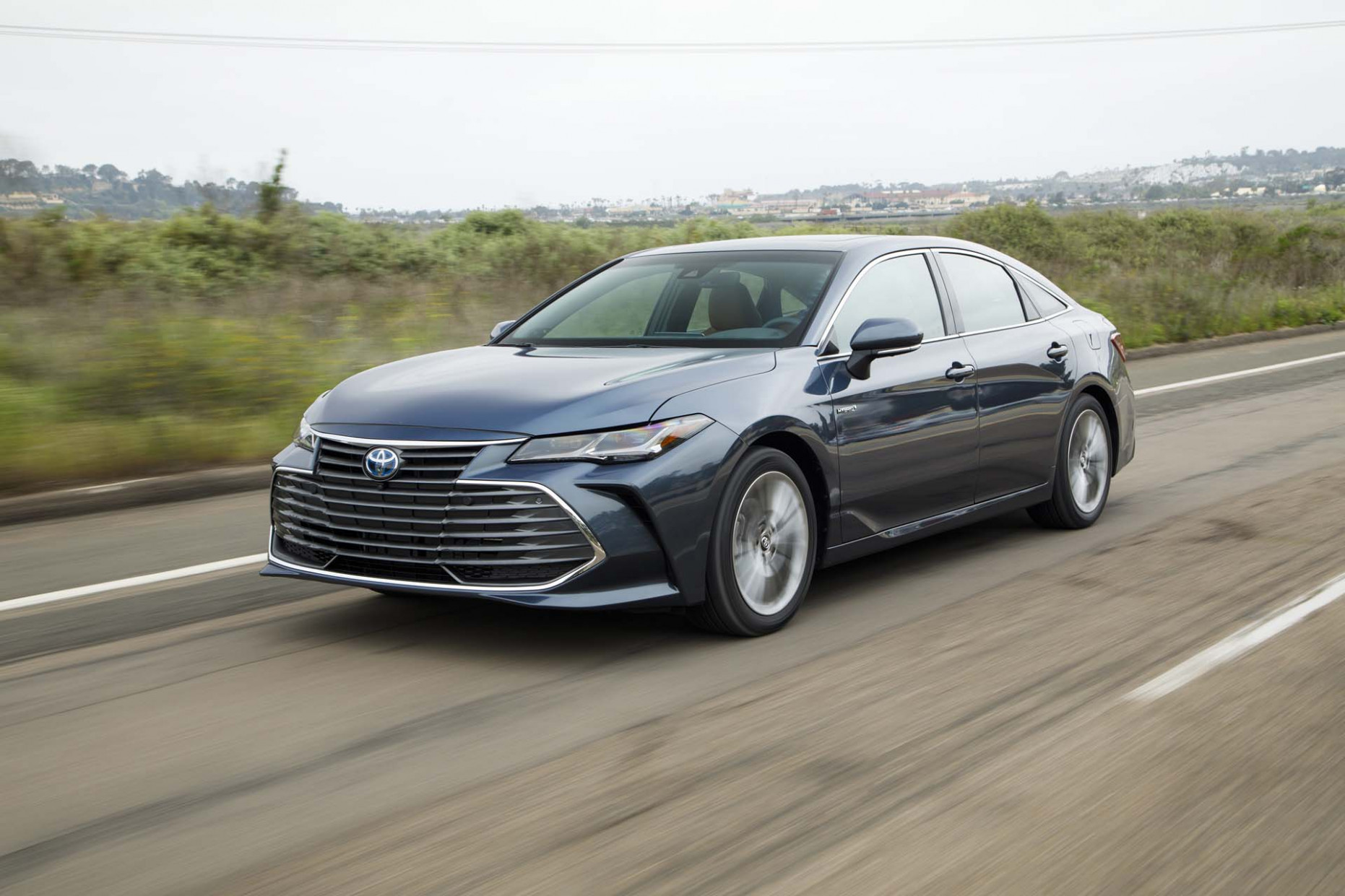 Price, Design and Review 2022 Toyota Avalon Hybrid
