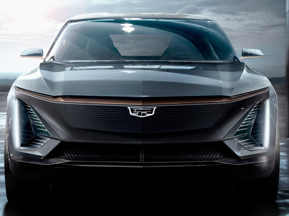 New Model and Performance Cadillac Electric Car 2022