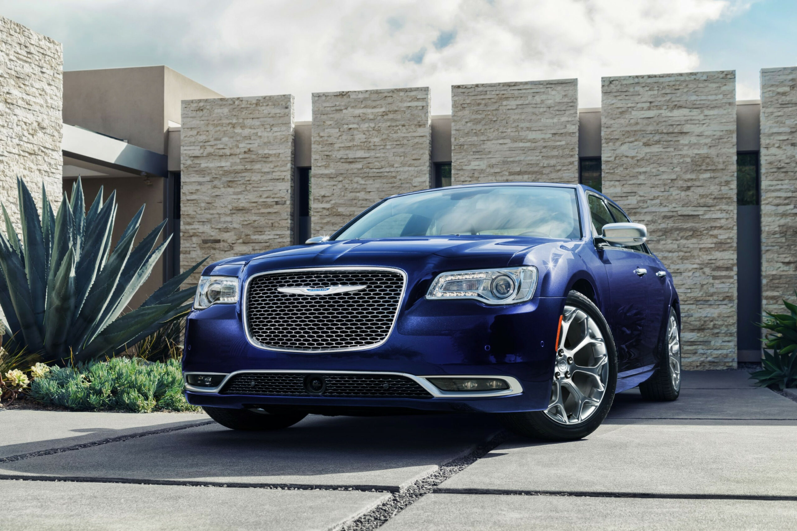 Price and Release date 2022 Chrysler 100 Sedan