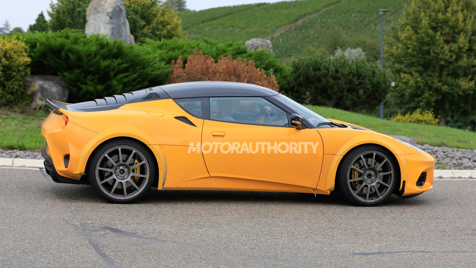 Review and Release date 2022 Lotus Esprit