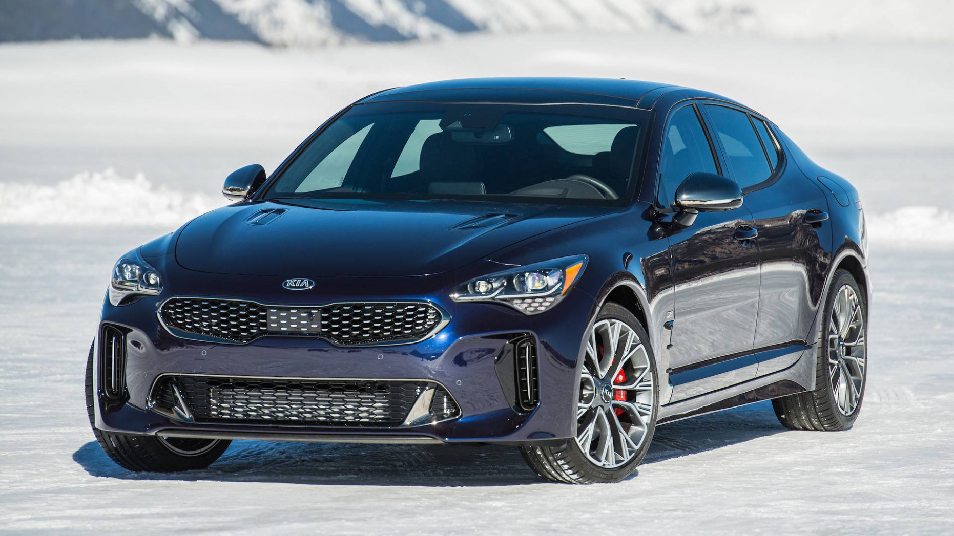 Performance and New Engine 2022 Kia Stinger Gt