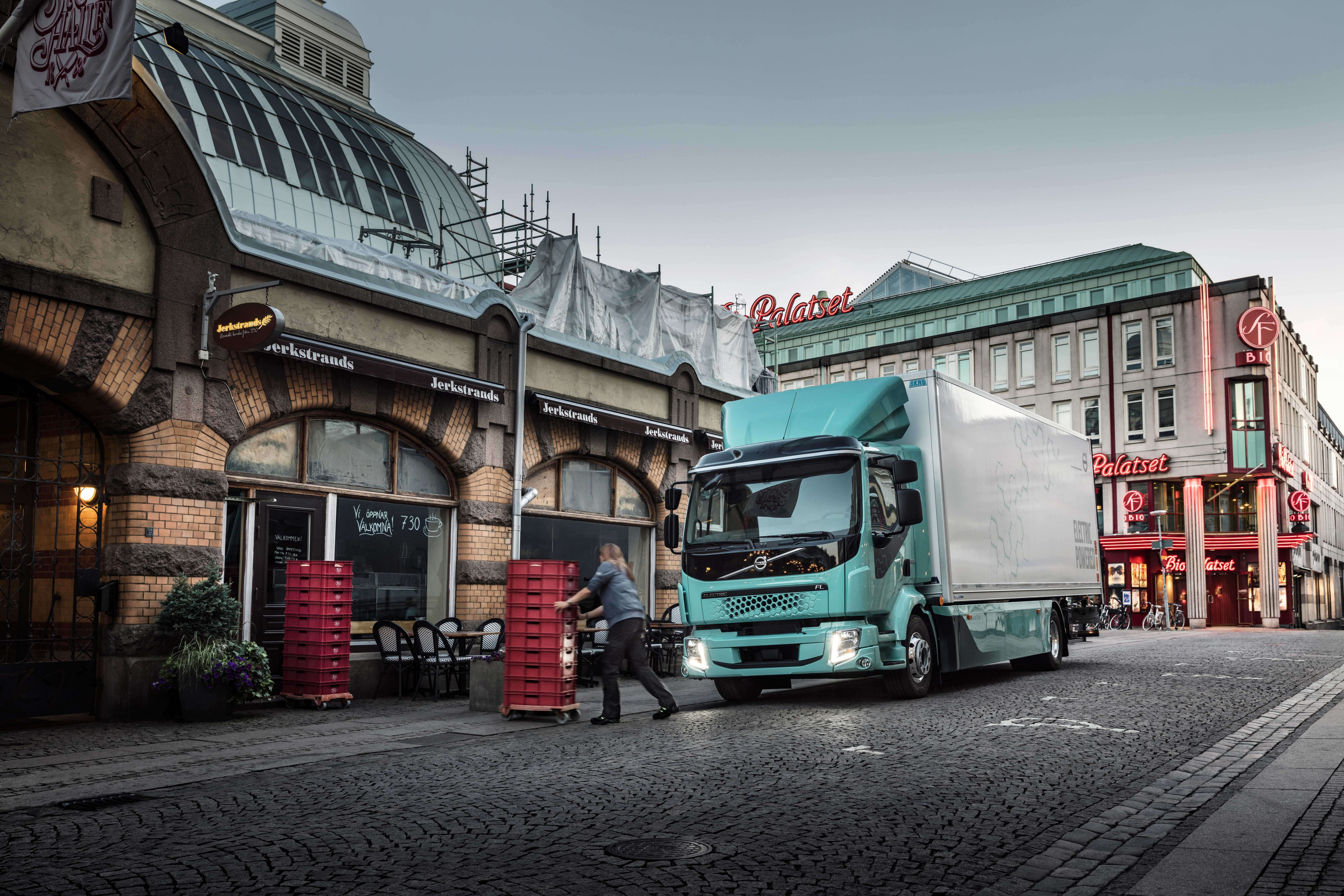 New Model and Performance Volvo Truck Concept 2022