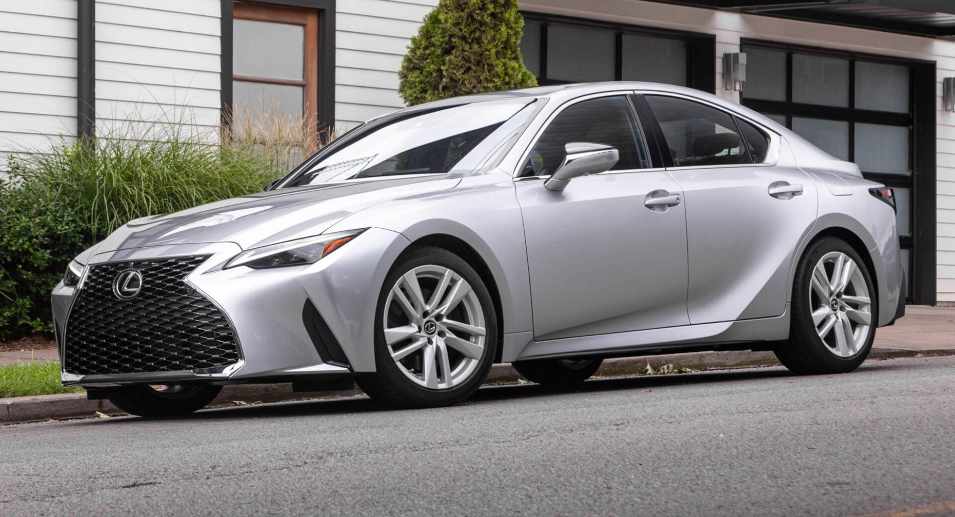 Research New Lexus Is300H 2022