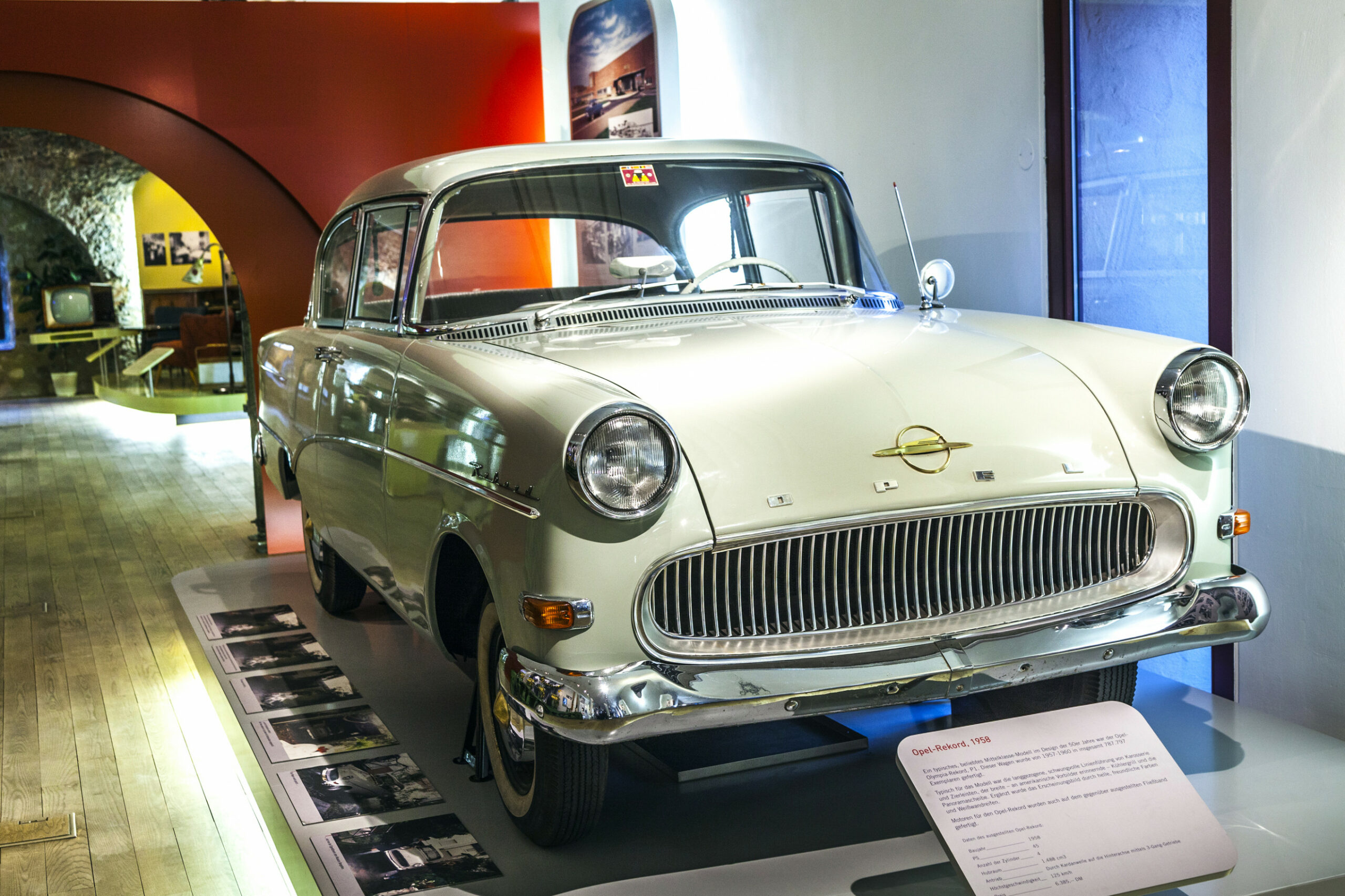 Picture Opel Rekord 2022