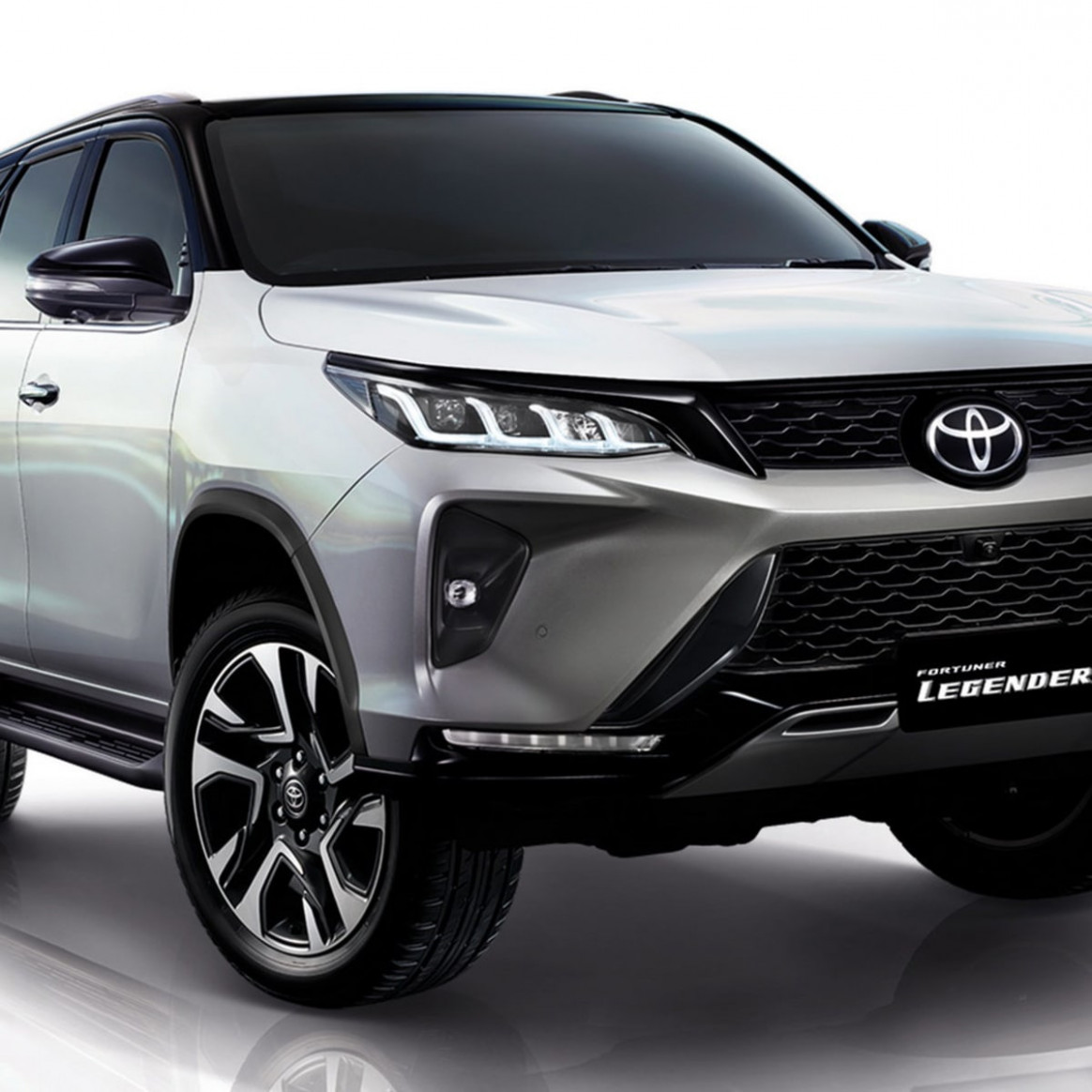 Spesification Toyota Fortuner 2022