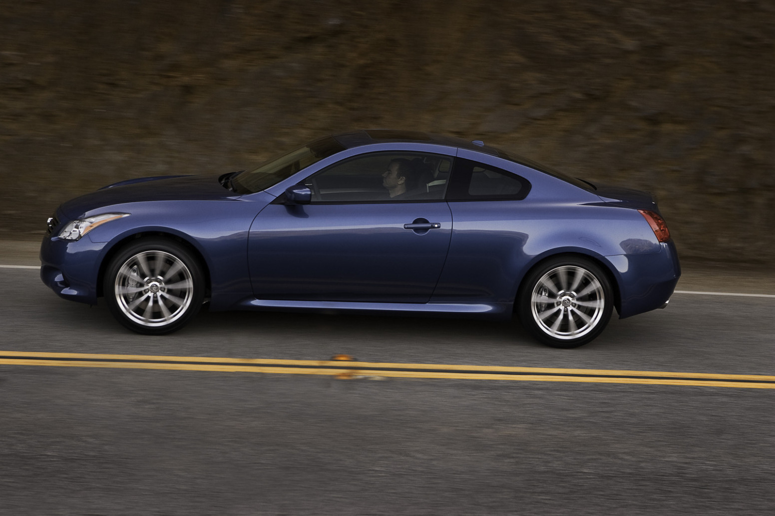 Overview 2022 Infiniti G37
