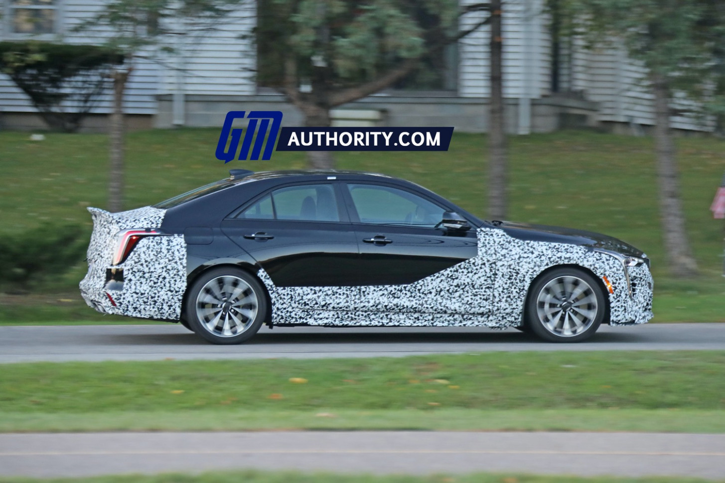 Concept and Review 2022 Cadillac SRXSpy Photos