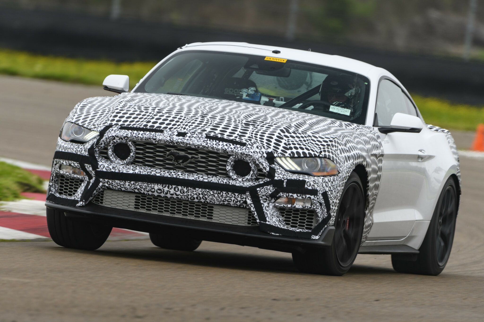 2022 Ford Mustang Images