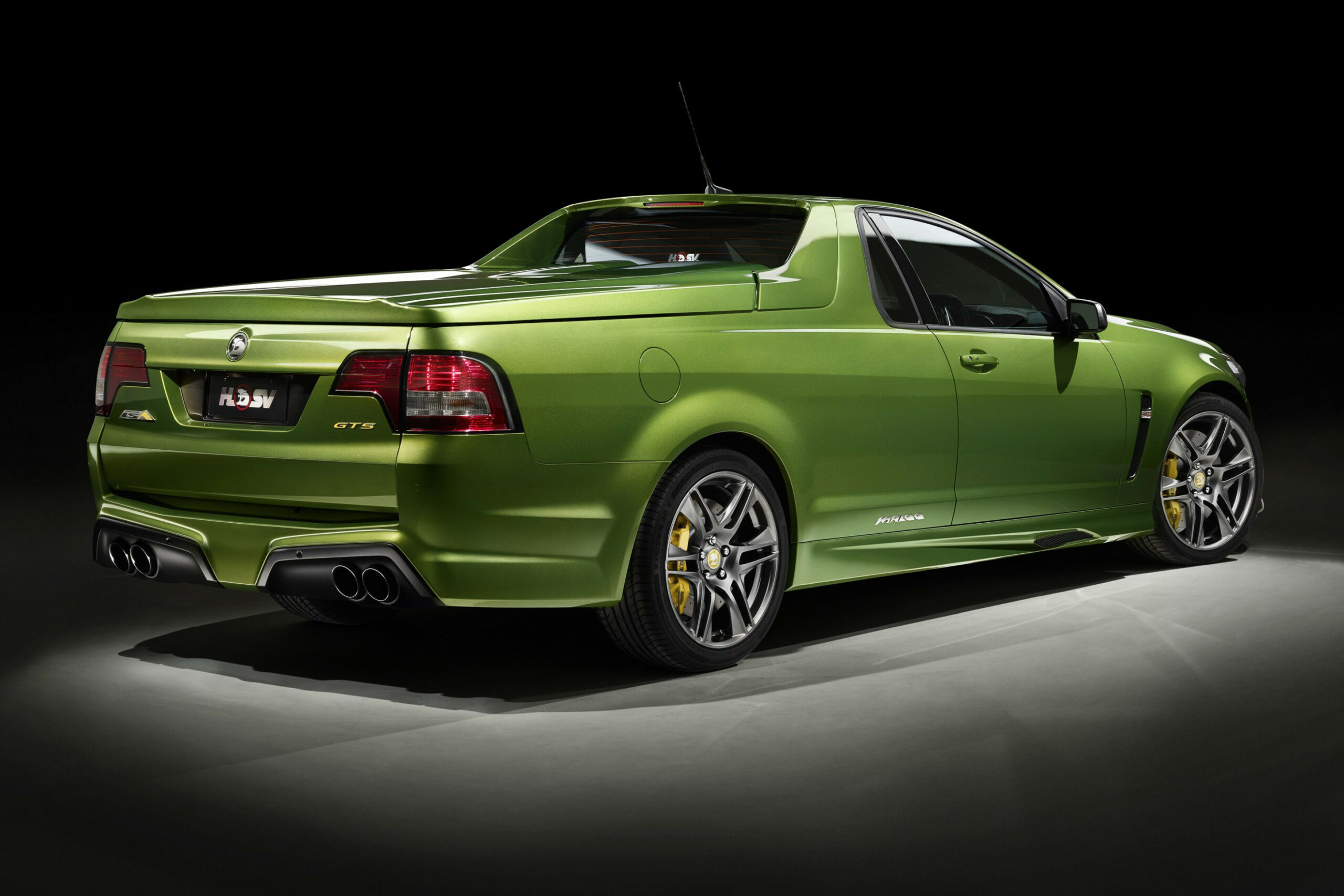 Images 2022 Holden Commodore Gts