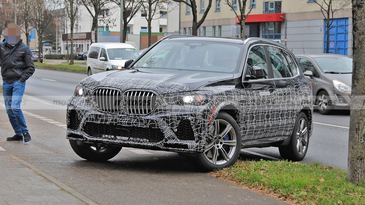 Performance New BMW X5 Hybrid 2022