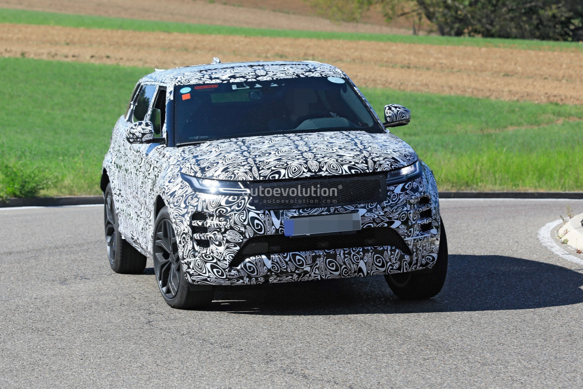Price and Release date 2022 Range Rover Evoque